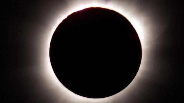 eclipse-total-sol-archivo--644x362