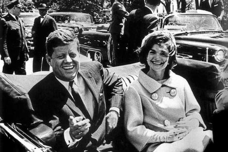 John Fitzgerald Kennedy con su esposa.| EM