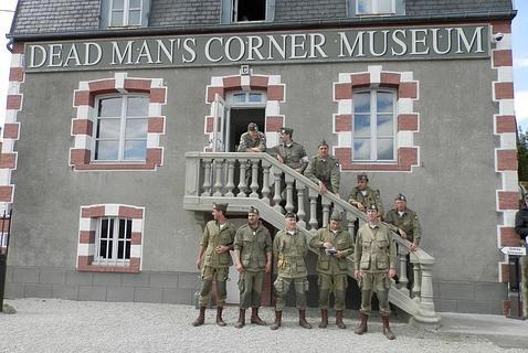 Museo de la Esquina del Hombre Muerto 101 Airborne Girona Reenactment Group