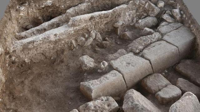 JvRP Restos de calle romana de Legio, cerca de la villa de Megido, en Israel