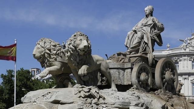 josé ramón ladra Fuente de Cibeles, en Madrid