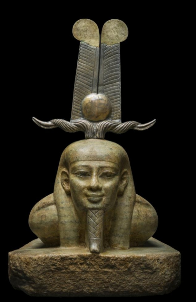 Escultura de Osiris descubierta por una expedición de Goddio. HILTI FOUNDATION