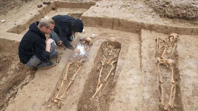 esqueletos napoleon--644x362