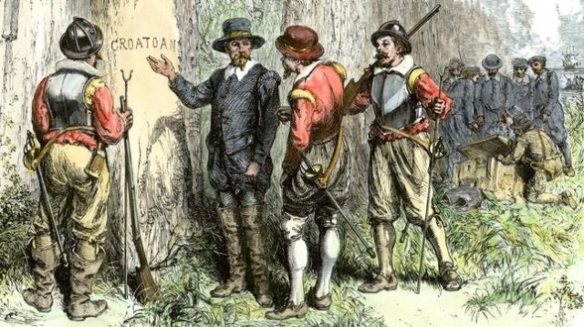 Wikimedia Los ingleses descubren la palabra «Croatoan» en la colonia. El misterio, a día de hoy, continúa