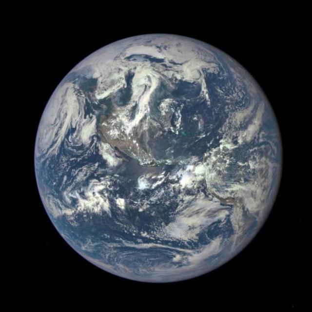 Imagen de la Tierra tomada desde el satélite DSCOVR. NASA