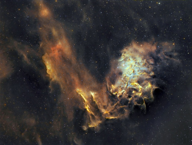 """La """"imagen del día"""" de la NASA recoge la nebulosa de la estrella """"AE Aurigae"""", conocida como """"Estrella Flameante"""". JESÚS M. VARGAS / M..POYAL"""