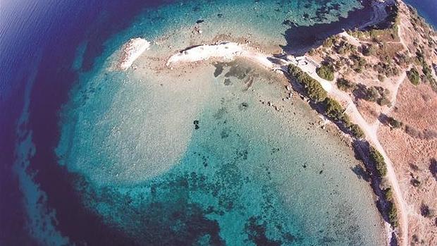 La excelente conservación del peurto de la antigua ciudad de Kane es la que ha permitido reconocer la localización de esta isla - FACEBOOK HÜRRIYET DAILY NEWS
