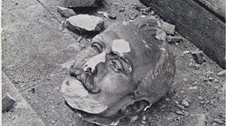 Cabeza de la estatua de Lope de Vega, tras el bombardeo de 1936- ABC