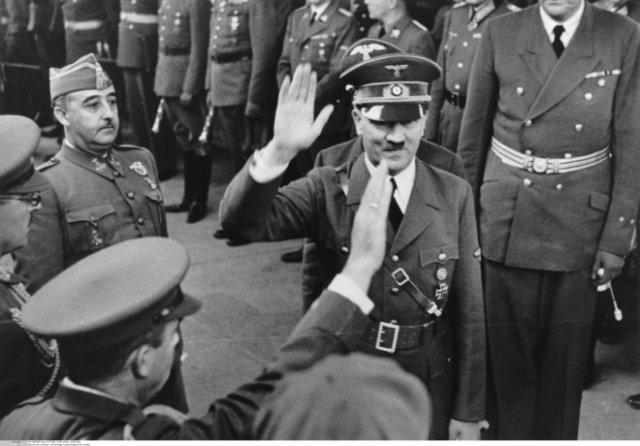 Franco y Hitler durante su reunión en Hendaya, el 23 de octubre de 1940.