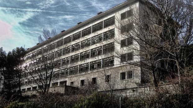 Sanatorio de la Barranca, en Navacerrada - garajakania.blogspot