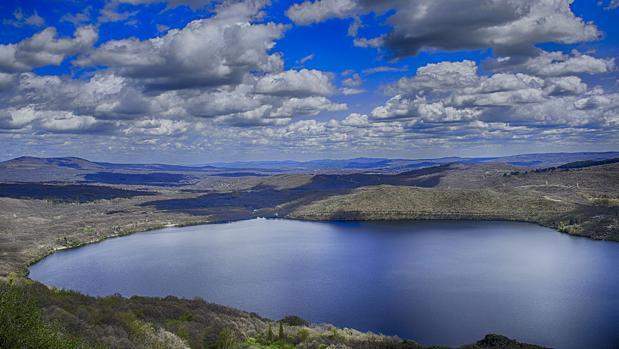 El lago de Sanabria - WIKIPEDIA