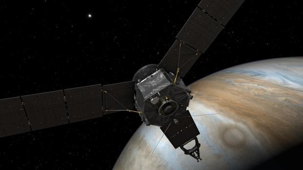 Recreación de la sonda Juno sobrevolando Júpiter - NASA