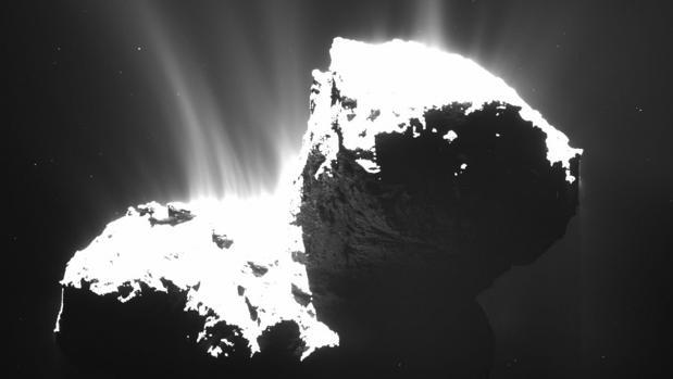 Cometa 67P/Churyumov Gerasimenko, analizado con gran profundidad por la misión Rosetta - ESA/Rosetta/MPS for OSIRIS