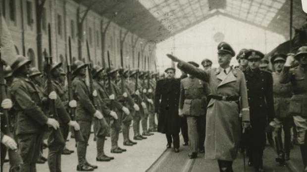 Llegada del jefe de las SS, Heinrich Himmler, a la Estación del Norte en Madrid - ABC