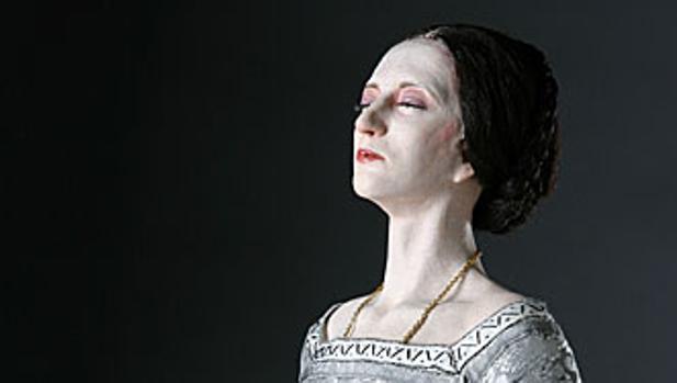 Escultura moderna de Ana Bolena, por George S. Stuart