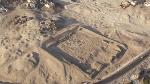 Imagen aérea de la zona de excavación- Tutmosis III Temple Project